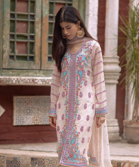 Zellbury Pearl Beige Eid Collection
